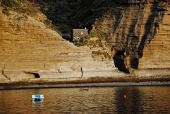 """La spiaggia di Pollara, oggi chiusa, set di alcune scene del film """"il Postino"""". Agosto 2013"""