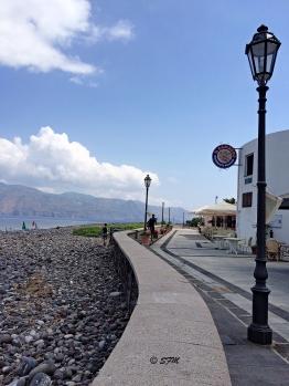 Uno scatto del lungomare di Lingua, Lipari sullo sfondo. Agosto 2015