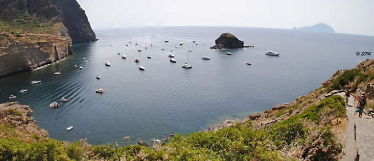 Panorama dell'area balneare di Pollara, le Balate. Agosto 2015